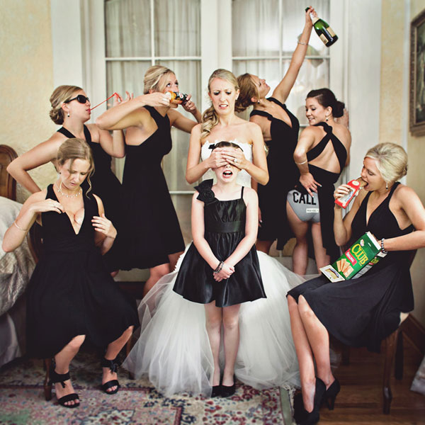 CrazyBridalParty_MariaVicencio